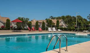 Pool, Bartlett Landing