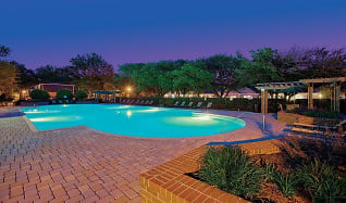 Pool, Maple Bay Townhomes