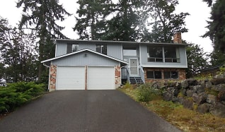 13454 S.E. 141st St., Maple Heights-Lake Desire, WA