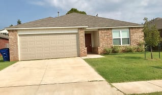 825 Crown Heights Ave, Pauls Valley, OK