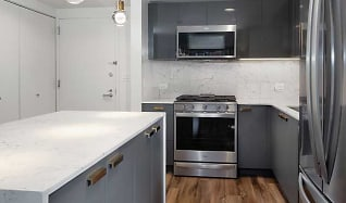 Kitchen, Avalon Bowery Place