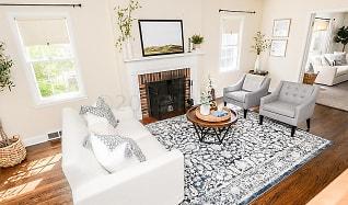 Living Room, 1521 7th St S