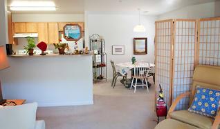 Living Room, Hawks Ridge Apartments