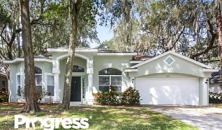 3727 Cold Creek Drive, Bloomingdale, FL
