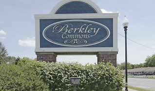 Community Signage, Berkley Commons