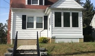 214 McKendree Avenue, Saint Michaels, MD