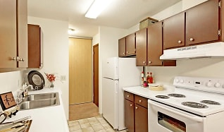 Kitchen, Bradley House Apartments