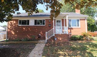 Front of Home.JPG, 5816 Brunswick St