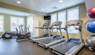 Fitness Weight Room, The Apartments At Pike Creek