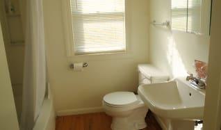 Bathroom, 618 Irving Ave