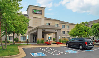 Building, Furnished Studio - St. Louis - Airport - Central