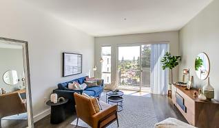 Living Room, Paceline