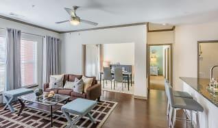 Radbourne Lake Apartment Homes Charlotte Nc 28269