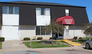 Leasing Office, Riverside Village