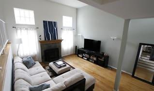 Living Room, 2003 Mathews Ave, Apt C