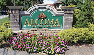 Building, Alcoma on the Green