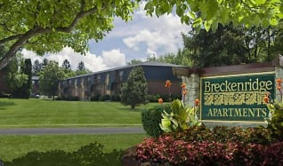 Community Signage, Breckenridge Apartments