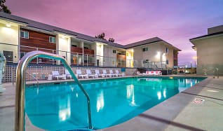 Pool, Bixby Hill Manor