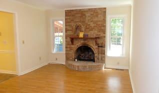 Living Room, 6612 Keystone Dr