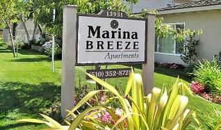 Community Signage, Marina Breeze Apartment Homes