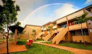 Courtyard, Waena Apartments