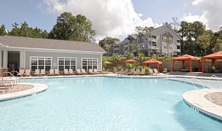 Pool, Colonnade at Eastern Shore Apartment Homes