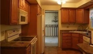 Kitchen, 17 Elmhurst Rd