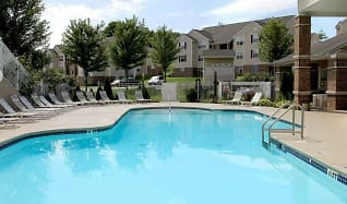 Pool, Sable Point Apartments