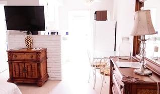 Kitchen, 206 Inlet Way 1