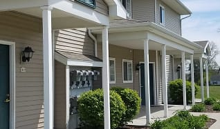 Hawks Ridge Apartments, Saint Johns, MI