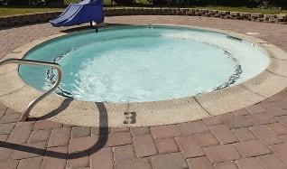 Pool, Redding Hilltop