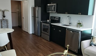 Kitchen, 9 East Mount Royal