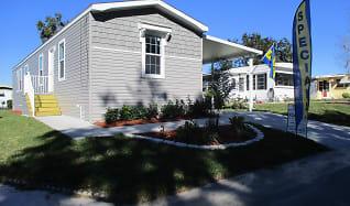 2614 Azalea Pl., Highland Lakes, Leesburg, FL