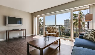 Marina Tower Apartments, Ladera Heights, CA