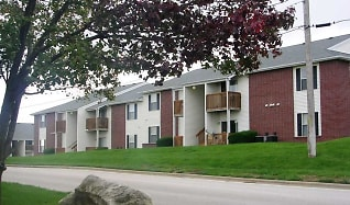 Building, Mountain Boulevard Apartment Homes