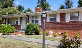 585 Boxwood Church Rd, Mocksville, NC