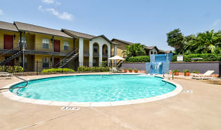 Pool, Peppertree Apartments