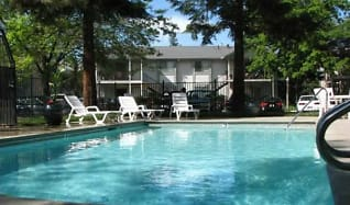 Pool, Redwood Cove Apartments