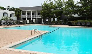 Pool, 100 Riverbend