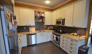 Kitchen, 390 W 7th Ave