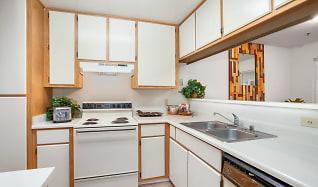 Kitchen, Blue Rock Village