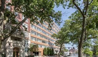 Remarkable Apartments For Rent In Brookline Ma 1008 Rentals Download Free Architecture Designs Embacsunscenecom