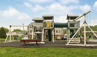 Playground, Cobblegate Apartments