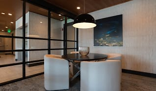 Dining Room, Stratus on Hudson