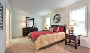 Bedroom, Woods Mill Park Apartments & Townhomes