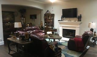 Living & Dining room, 116 Shadow Creek Ln
