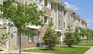 Building, Prairie Lakes Apartments