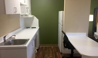 Kitchen, Furnished Studio - Seattle - Everett - North