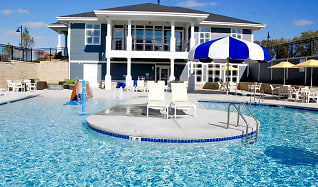 Pool, The Masters Residences at The Community of Bishops Bay