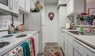 Kitchen, Centerpoint Apartments